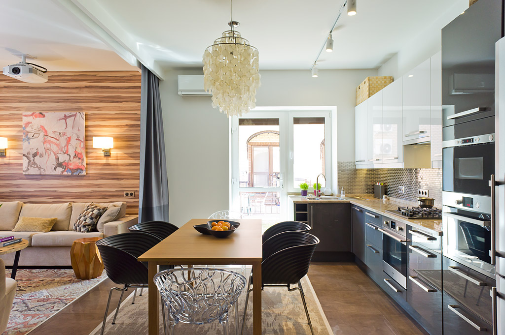 гостиная в таунхаусе, кухня в таунхаусе, дизайн гостиной, дизайн кухни, дизайн проект таунхауса, рависсант